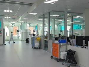 Centralsjukhuset i Karlstad har lysløsningen på deres intensivafdeling, ligesom at flere svenske hospitaler har valgt det.